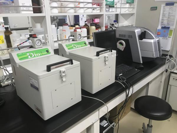 研究室に、ATTO社製 AB-2550 クロノスDio が1台追加されました。(2017.1.19)